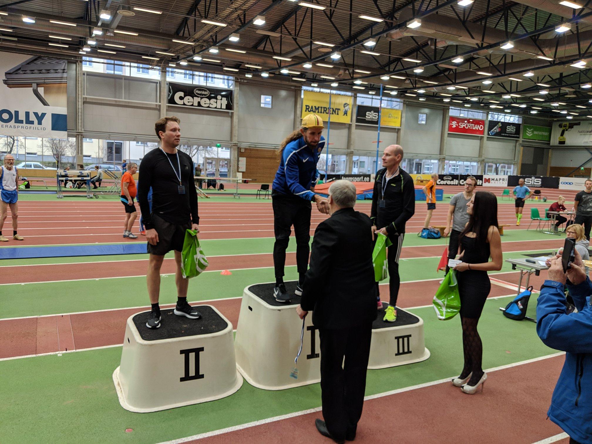 , Viljandi seeriajooks 2000 m ja Uhtjärve jooks, Täppsportlased